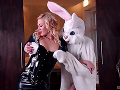 Slim babe rides rub-down the big bunny dick in a crazy play