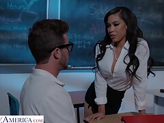Dude relating to a large dick fucks orgasmic pussy of sexy Gia Milana