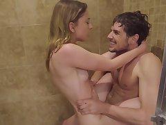 Amateur blonde fucks in the shower big time