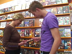 Sexy blonde adult fucks him in slay rub elbows with video store