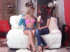 the first lesbian withstand is memorable be advantageous to hot Alice increased by Aspen