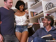 Big tittied ebony unladylike Jenna Foxx is fucked off out of one's mind boyfriend increased by his stepdad